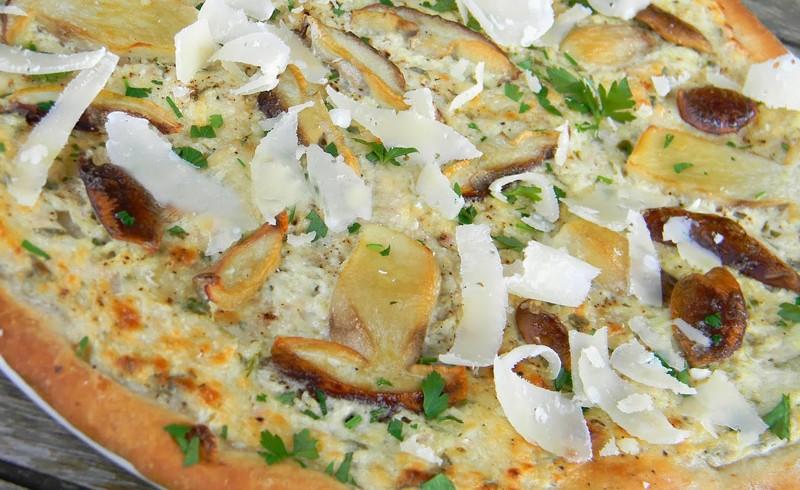 Pizza aux cèpes